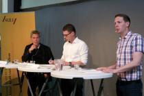 Från vänster Mats Benner, professor vid Lunds universitet, Hans-Gustaf Ljunggren, professor vid Karolinska institutet och moderatorn Gunnar Myrberg.